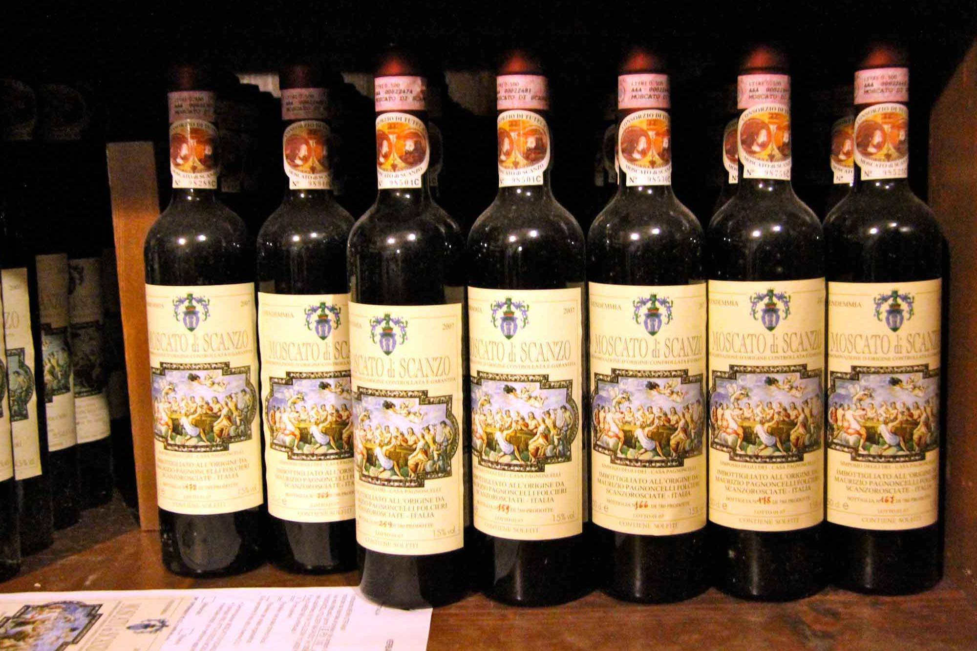 Moscato di Scanzo bottles
